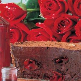 Ο Στέλιος Παρλιάρος δημιουργεί: Τάρτα σοκολάτα με ροδόνερο Χίου - Η πεμπτουσία του τριαντάφυλλου στο ωραίο γλυκό της Κυριακής - Κυρίως Φωτογραφία - Gallery - Video