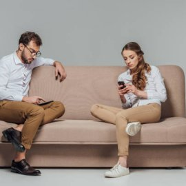 Πώς επηρεάζει ο καθιστικός τρόπος ζωής τα δύο φύλα - Οι άντρες ή οι γυναίκες κινδυνεύουν περισσότερο από την έλλειψη άσκησης; - Κυρίως Φωτογραφία - Gallery - Video