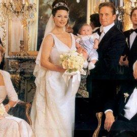 Τι ευχήθηκε ο Κερκ Ντάγκλας στον Μάικλ & τη νύφη του Κάθριν Ζέτα Τζόουνς; - για την 20η επέτειο του γάμου τους; - 102 ετών ο ίδιος -65 χρόνια παντρεμένος (φώτο) - Κυρίως Φωτογραφία - Gallery - Video