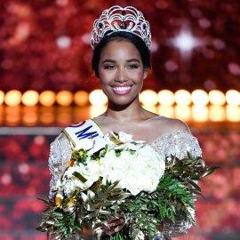 Η νέα Μις Γαλλία είναι μαύρη καλλονή από τη Γουαδελούπη & τη λένε Clemence Botino (φώτο-βίντεο)  - Κυρίως Φωτογραφία - Gallery - Video