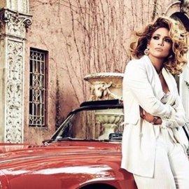 Oh -la-la! Η Τζένιφερ Λόπεζ -βαμπ ντίβα - με glam 70's στυλ ποζάρει με το μαγιό που όλες θέλουμε (φώτο) - Κυρίως Φωτογραφία - Gallery - Video