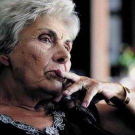 Πέθανε η σπουδαία ποιήτρια, Κική Δημουλά - Κυρίως Φωτογραφία - Gallery - Video