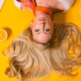 Βαφή μαλλιών στο σπίτι: Συμβουλές και βήματα για άψογο αποτέλεσμα - Κυρίως Φωτογραφία - Gallery - Video