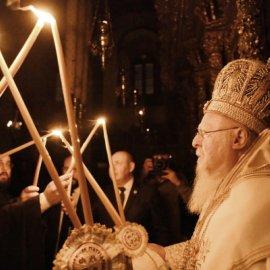 Πώς θα γίνει απόψε η Ανάσταση – Στις εκκλησίες το Άγιο Φως  - Κυρίως Φωτογραφία - Gallery - Video