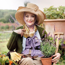To eirinika παρουσιάζει το περίφημο English Country Style στην εσωτερική διακόσμηση αλλά & τους παραμυθένιους κήπους σε επαύλεις της Αγγλικής εξοχής - Κυρίως Φωτογραφία - Gallery - Video