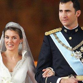 Αναμνήσεις από τον γάμο της υπέρκομψης Βασίλισσας Λετίσια & του Φελίπε - Φωτό με το υπέροχο νυφικό & το βέλο - μαντίλα - 16η επέτειος - Κυρίως Φωτογραφία - Gallery - Video