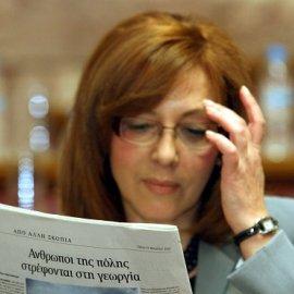 Η Έλενα, η Σοφία & ο Άδωνις: Όταν έγραψε την γνώμη της η Γιαννακά ευθαρσώς για την Ακρίτα, εκείνη της επιτέθηκε & ο Υπουργός; - Κυρίως Φωτογραφία - Gallery - Video