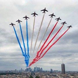 Παρακολουθήστε τώρα σε ζωντανή σύνδεση με το Παρίσι την στρατιωτική παρέλαση – Επικεφαλής των εορτασμών της Γαλλικής Δημοκρατίας ο Εμανουέλ Μακρόν - Κυρίως Φωτογραφία - Gallery - Video