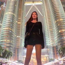 29χρονη έχει τα δεύτερα μακρύτερα πόδια στον κόσμο – Πως είναι η ζωή με 2,05 μ. ύψος; - Κυρίως Φωτογραφία - Gallery - Video