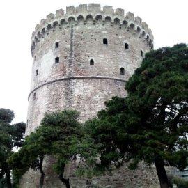 Θεσσαλονικη: H πρώην νύφη σκότωσε με το τηγάνι τον 89χρονο πεθερό της - Tον χτύπησε με δύναμη & τον έριξε στην σκάλα - Κυρίως Φωτογραφία - Gallery - Video
