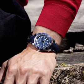 """Το υπέροχο μπλε ρολόι της Tudor: Εμβληματικό το νέο καταδυτικό μοντέλο της Black Bay Fifty-Eight """"Navy Blue""""  - Κυρίως Φωτογραφία - Gallery - Video"""