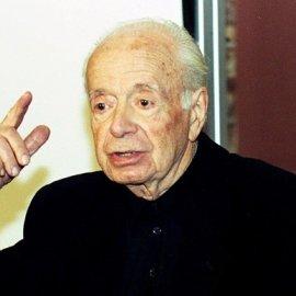 Αφιερωμένο εξαιρετικά στον Αντώνη Σαμαράκη που γεννήθηκε σαν σήμερα πριν από 101 χρόνια- Η σύζυγός του Ελένη σε μια αποκλειστική, πολύ συγκινητική συνέντευξη στο eirinika  - Κυρίως Φωτογραφία - Gallery - Video