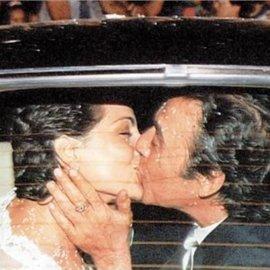 24 χρόνια γάμου γιορτάζουν ο Τόλης Βοσκόπουλος & η Άντζελα Γκερέκου – Επέτειος με καυτά φιλιά (Φωτό)  - Κυρίως Φωτογραφία - Gallery - Video