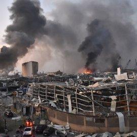 Παγκόσμια θλίψη για την τραγωδία στον Λίβανο: 78 νεκροί, 4.000 τραυματίες από τις αλλεπάλληλες εκρήξεις χημικών  στο λιμάνι  της Βηρυτού - Ακούστηκαν ως την Κύπρο - H αιτία της καταστροφής (Φωτό & Βίντεο) - Κυρίως Φωτογραφία - Gallery - Video