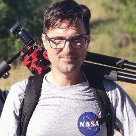 Made in Greece: Ο αστροφωτογράφος, Κωνσταντίνος Εμμανουηλίδης που απαθανάτισε τον κομήτη - Ιστορική στιγμή με φωτό που επέλεξε η NASA - Κυρίως Φωτογραφία - Gallery - Video