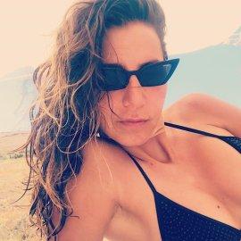 Η Μαρία Ελένη Λυκουρέζου μιλά για πρώτη φορά για το πρόβλημα υγείας που αντιμετωπίζει: Πριν δυο μήνες άρχισα να έχω πόνους στα δάχτυλα... (φωτό) - Κυρίως Φωτογραφία - Gallery - Video