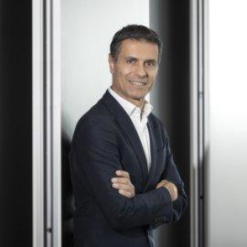 Made in Greece ο νέος CEO της Mercedes Benz στις ΗΠΑ – Ο Δημήτρης Ψυλλάκης από την Ελλάδα στη Γερμανία & τώρα στην κορυφή (Φωτό)  - Κυρίως Φωτογραφία - Gallery - Video