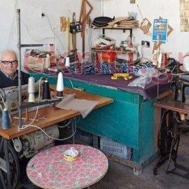 Made in Greece ο Γιώργος Φουκαράκης: Ράβει κρητικές βράκες από παιδί- Στα 89 του παραμένει στο ραφτάδικο (φωτό) - Κυρίως Φωτογραφία - Gallery - Video