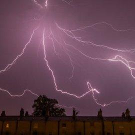 Εκτακτο δελτίο επιδείνωσης καιρού - 28η Οκτωβρίου με καταιγίδες, χαλάζι και ανέμους - Κυρίως Φωτογραφία - Gallery - Video