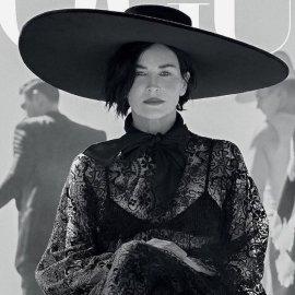 Sharon Stone- Demi Moore: Εντυπωσιακά εξώφυλλα της Vogue με τις 60αρες καλλονές (φωτό) - Κυρίως Φωτογραφία - Gallery - Video
