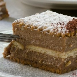 Ο υπέροχος Στέλιος Παρλιάρος μας φτιάχνει απολαυστική σοκολατίνα πάστα με πραλίνα - Εύκολο & γρήγορο γλυκό - Κυρίως Φωτογραφία - Gallery - Video