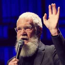 Ο 73χρονος ''Βασιλιάς'' της ΤV  David Letterman καθηλώνει με τους καλεσμένους του στο Netflix - Oμπάμα, Μελίντα Γκέιτς, Τζορτζ Κλούνεϊ, Κιμ Καρντάσιαν - Κυρίως Φωτογραφία - Gallery - Video