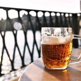 Απίστευτο κι΄όμως συνέβη: Πελάτης εστιατορίου παράγγειλε μόνο μια μπύρα - Άφησε όμως 3.000 δολάρια φιλοδώρημα (φωτό)  - Κυρίως Φωτογραφία - Gallery - Video