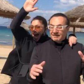 """Όταν ο Λε- [Πα συνάντησε την Έλενα Παπαρίζου στην παραλία & έκαναν """"τρελίτσες"""" - Άντε λίγο γέλιο στο βίντεο  - Κυρίως Φωτογραφία - Gallery - Video"""