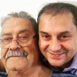 Και τον πατέρα του έχασε ο Υπουργός Τουρισμού Χάρης Θεοχάρης: 1 χρόνο μετά την μητέρα του - H συγκινητική ανάρτηση - Κυρίως Φωτογραφία - Gallery - Video