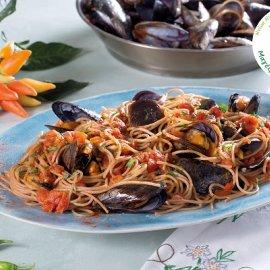 Σπαγγέτι ολικής με μύδια πικάντικα από την Ντίνα Νικολάου - Ένα λαχταριστό πιάτο με διατροφική αξία - Κυρίως Φωτογραφία - Gallery - Video