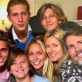 Ο πολύτεκνος πρίγκιπας Παύλος με την tycoon σύζυγό του Μαρί Σαντάλ και τα 5 παιδιά τους (φωτό) - Κυρίως Φωτογραφία - Gallery - Video