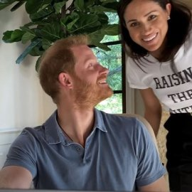 To «photobomb» της Μέγκαν Μαρκλ στο τρέιλερ της σειράς του πρίγκιπα Χάρι & της Όπρα: Η σκηνή από την κηδεία της Νταϊάνα (φωτό & βίντεο) - Κυρίως Φωτογραφία - Gallery - Video