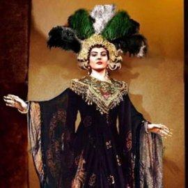 Η Μαρία Κάλλας στο «βασίλειό» της: Τα φανταστικά κοστούμια που φόρεσε επί σκηνής η μεγάλη ντίβα της όπερας (φωτό) - Κυρίως Φωτογραφία - Gallery - Video