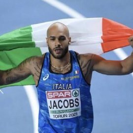 Μαρσέλ Τζέικομπς : Ο ταχύτερος άνθρωπος στον κόσμο - Χρυσός Ολυμπιονίκης με ρεκόρ Ευρώπης - Ποιος είναι ο Ιταλός που.. μισούσε τον πατέρα του;  (φώτο-βίντεο) - Κυρίως Φωτογραφία - Gallery - Video