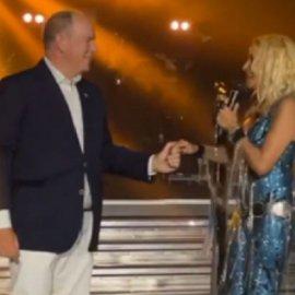Η Άννα Βίσση χορεύει & τραγουδά με τον πρίγκιπα Αλβέρτο του Μονακό: Το «Salle des Etoiles» μεταμορφώθηκε σε ελληνικό νησί (βίντεο) - Κυρίως Φωτογραφία - Gallery - Video