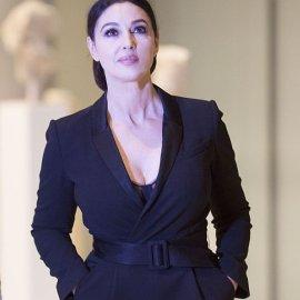 Μαγεύτηκε από την Ελλάδα η Μόνικα Μπελούτσι - Η επίσκεψη στο Μουσείο Ακρόπολης με αξεπέραστο total black outfit (φωτό) - Κυρίως Φωτογραφία - Gallery - Video