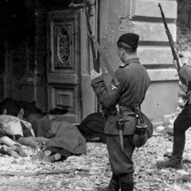 Βίντεο που προκαλεί ρίγος: Όλα τα ονόματα των άμαχων που δολοφονήθηκαν  από τους Γερμανούς στο Δίστομο - Η ναζιστική θηριωδία  - Κυρίως Φωτογραφία - Gallery - Video