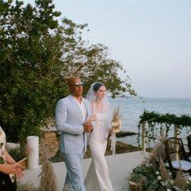 Μεγάλη συγκίνηση στον γάμο της κόρης του αδικοχαμένου Paul Walker - την συνόδεψε ο κολλητός του φίλος & νονός της (φωτό & βίντεο) - Κυρίως Φωτογραφία - Gallery - Video