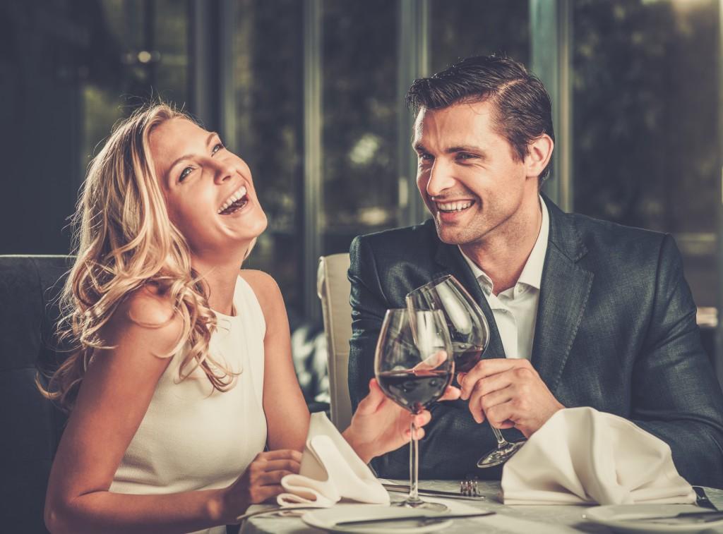 Ίστου MD dating